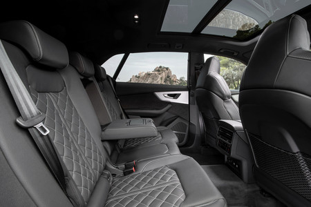 Audi Q8 plazas traseras