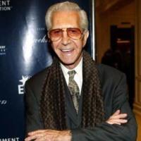 Fallece Mr. Blackwell, el crítico de moda contra el mal gusto