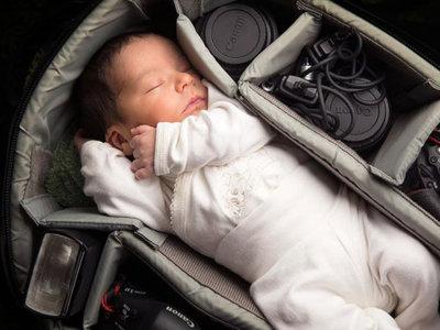 Preciosas imágenes de bebés realizadas por sus padres fotógrafos