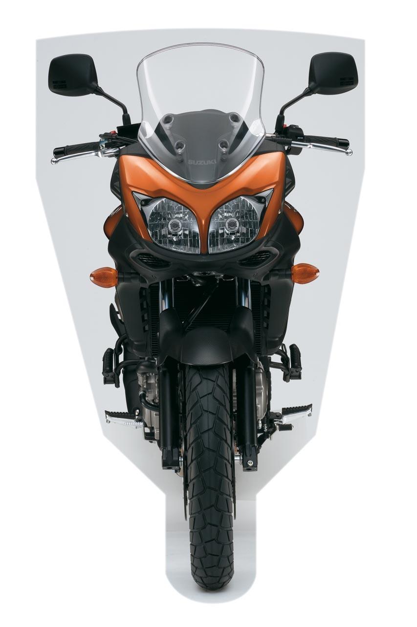 Foto de Suzuki V-Strom 650 2012, fotos de detalles y estudio (6/50)