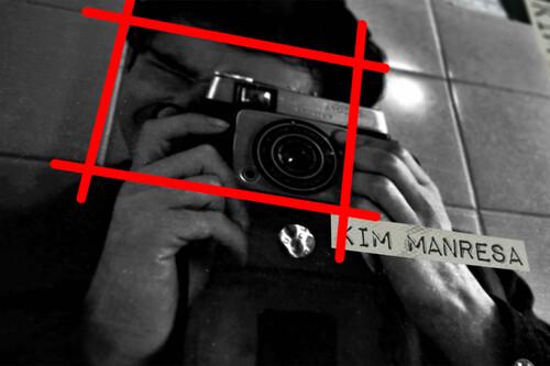 'Detrás del instante': Kim Manresa, la fotografía y la verdad de la calle