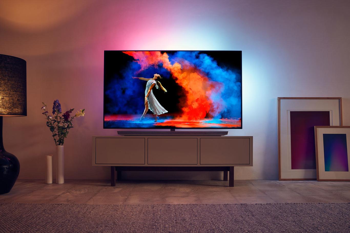 29111c300 Philips anuncia sus televisores para 2018 en un catálogo donde reina la  armonía entre modelos LCD y OLED