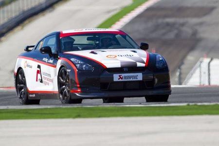 Nissan GT-R Akrapovic