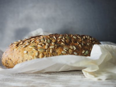 Conoce las diferencias entre los panes integral y multigrano