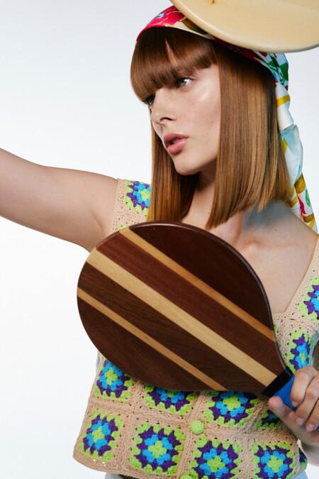Este verano los juegos en la playa ganarán estilo y elegancia gracias a Zara y a su nuevo set de palas de madera