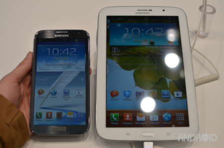 Galaxy Note II junto al Galaxy Note 8.0