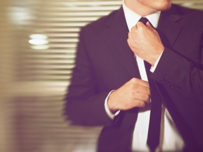 ¿Cómo afecta el vestir en el trabajo?