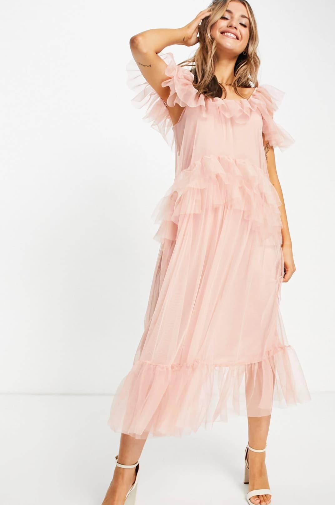 Vestido midi rosa de tul de Miss Selfridge