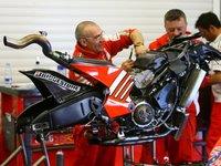 El cambio de reglamento en MotoGP se postpone a 2011