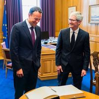 Tim Cook visita Irlanda para recoger un premio por los 40 años que Apple lleva invirtiendo en el país