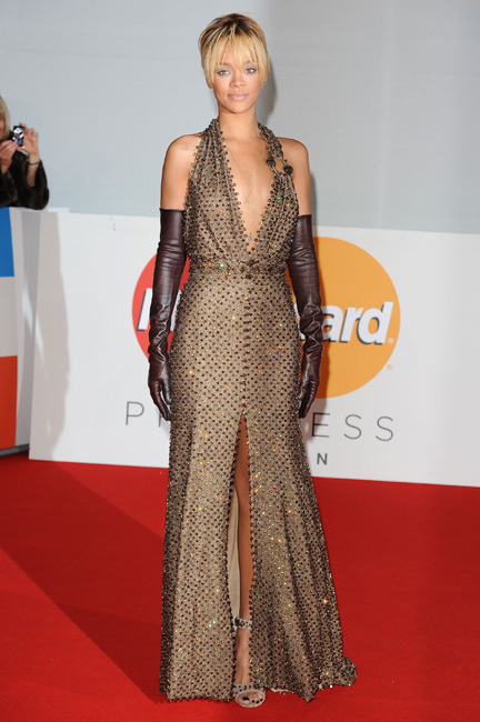 Rihanna en los Brit Awards 2012