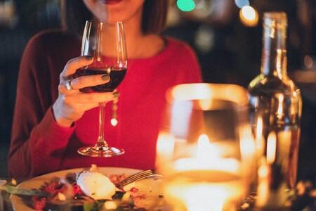 Los mejores 21 artículos para hacer una cena elegante en casa que encontrarás por 860 pesos o menos en Amazon