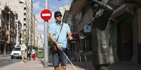 Gafas para que los ciegos vean a través del oído