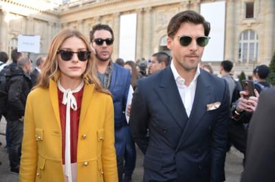 Así se viste en París, por Olivia Palermo: del pantalón de campana a las rayas