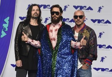 Jared Leto con estilo circense y el resto de impactantes looks de los MTV VMAs 2017