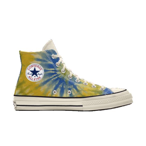 Zapatillas con diseño desteñido en azul y amarillo de Millie Bobby Brown x Converse