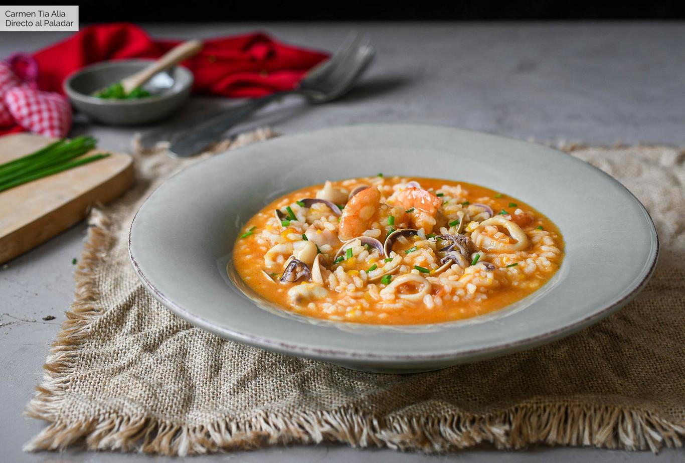 Arroz Caldoso De Calamares Almejas Y Langostinos Receta De Cocina Facil Y Deliciosa