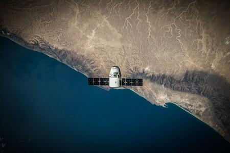 La comunicación de emergencia mediante satélite está en los planes de Apple, pero no para este año, según Bloomberg