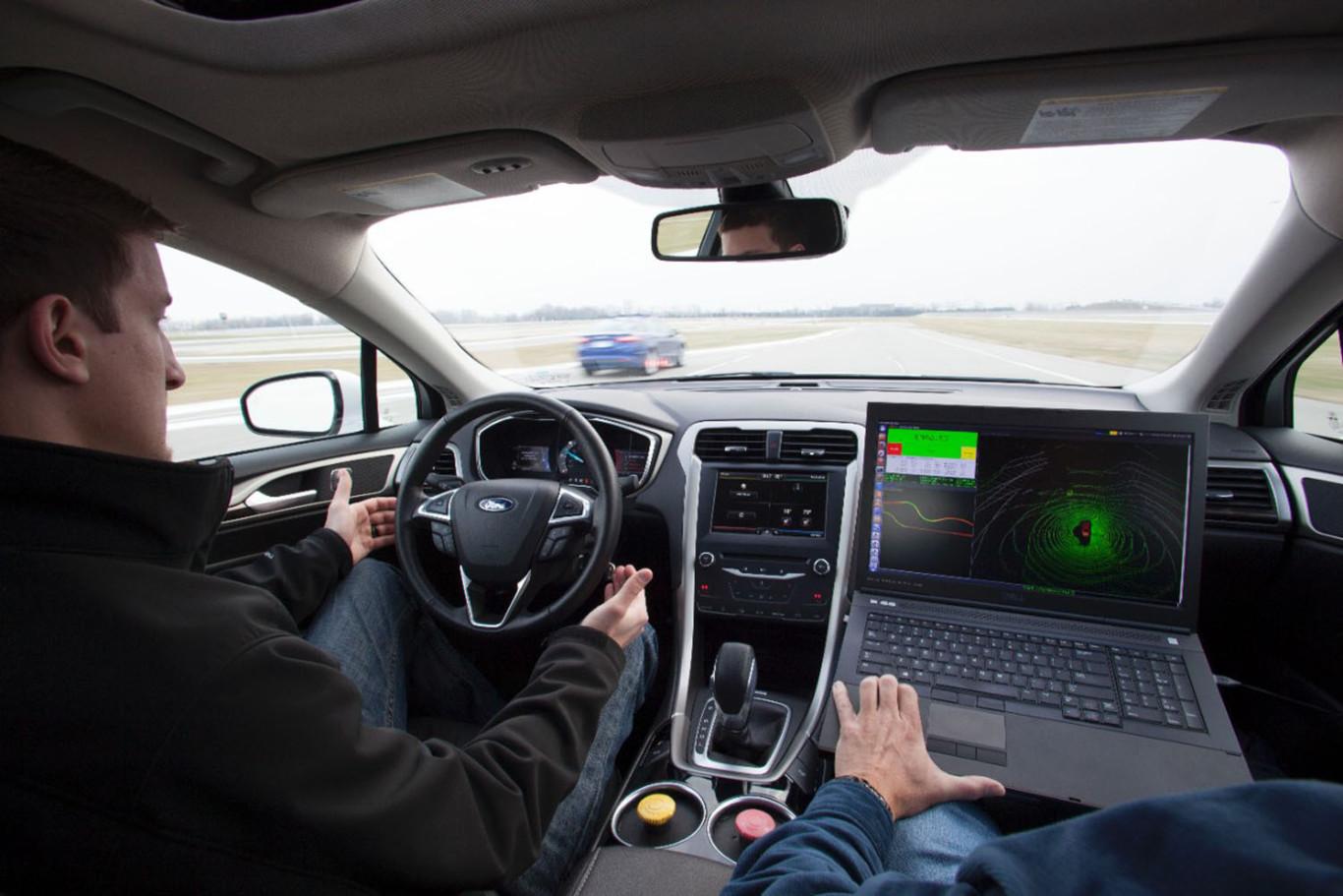 Ford desvela el prototipo de su primer vehículo autónomo