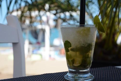 Mojito, caipirinha y margarita: esto es lo que hay dentro de los cócteles del verano