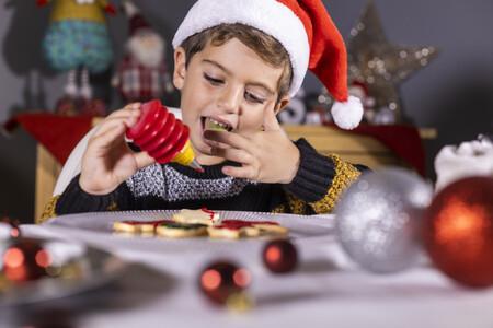 Cómo cuidar la salud bucodental de los niños durante las fiestas navideñas
