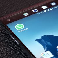 Stickers en WhatsApp: habrá soporte para paquetes de terceros, ¿una forma de monetizar el mensajero?