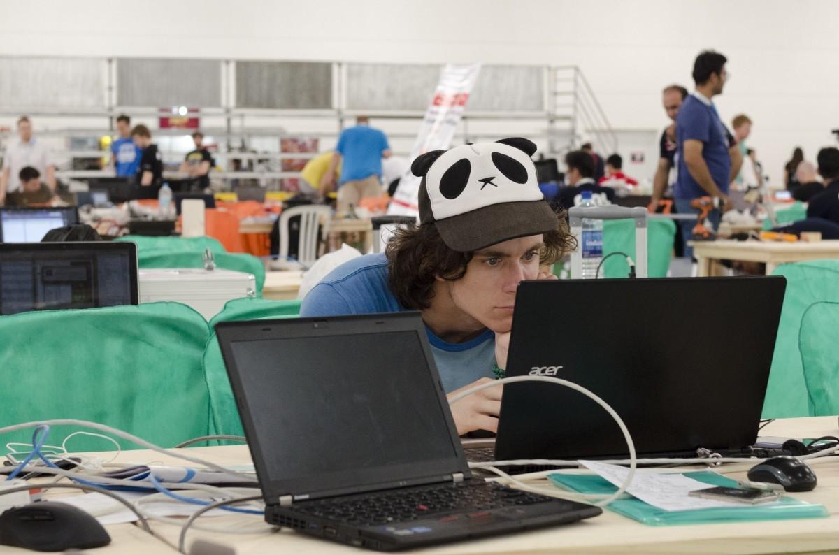 El sector de la IA sólo tiene 300.000 ingenieros cuando hacen falta millones, según Tencent