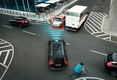 ¿Sabes cómo funcionan los sistemas de seguridad activa de tu coche? Muchos conductores no tienen ni idea