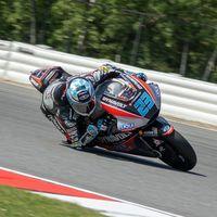 Marcel Schrötter no tiene rival en los libres de Moto2 en Brno con Álex Márquez en cuarta plaza