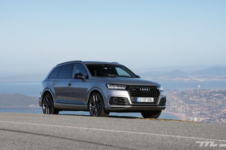 Audi Q7 Ultra frontal