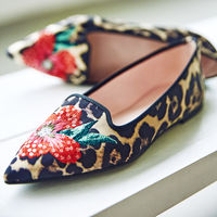 Pretty Ballerinas nos enamora con su colección de slippers para lucir con los looks de entretiempo