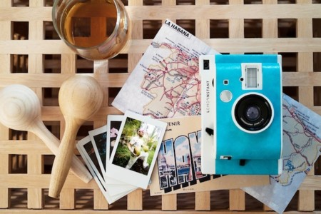 Retrata tus momentos sin perder estilo: con el modelo Lomo'Instant Havana de Lomography
