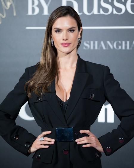 Shanghái se llena de ángeles con sus mejores looks en la presentación de Victoria's Secret