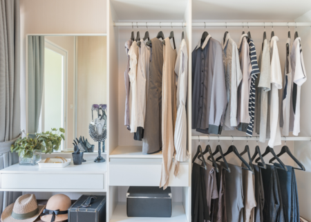 ¿Vas a poner orden en tu armario? Descubre las últimas novedades de Amazon en almacenaje de ropa y zapatos
