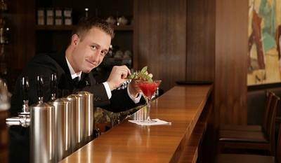 ¿Están condenados los bares a desaparecer en favor de la hostelería low-cost?