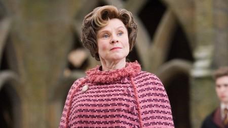 Apple se alía con la BBC para crear una serie protagonizada por la actriz Imelda Staunton de Harry Potter