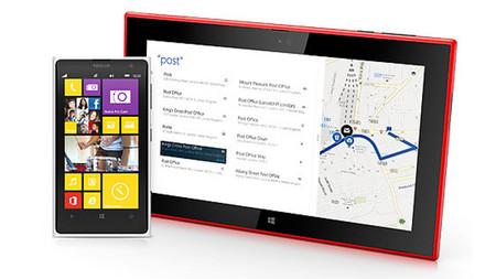 Nokia Lumia 2520 con smartphone
