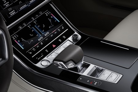 Audi A8 2017 126