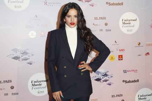 Rosalía se convierte en una working girl en el momento más inesperado: el concierto de Niña Pastori