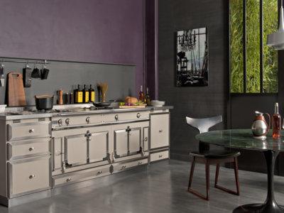 Greige, el nuevo color que propone La Cornue para la cocina