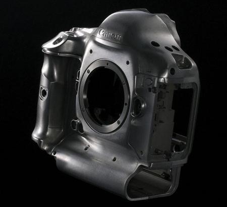 Canon podría lanzar una nueva EOS-1D durante el segundo trimestre de 2014