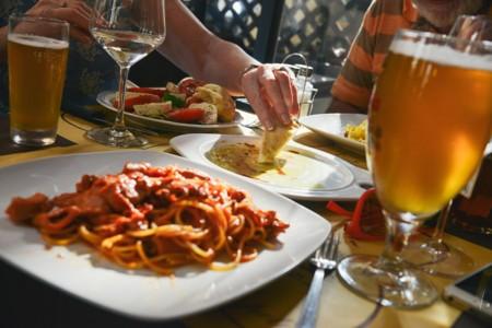 ¿Cena sorpresa con amigos? Cinco recetas con Kumato®, rápidas y deliciosas