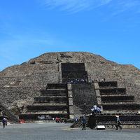 Investigadores confirman: hay una cámara y un túnel debajo de la Pirámide de la Luna