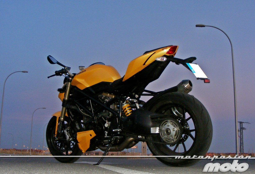 Foto de Ducati Streetfighter 848 (23/37)