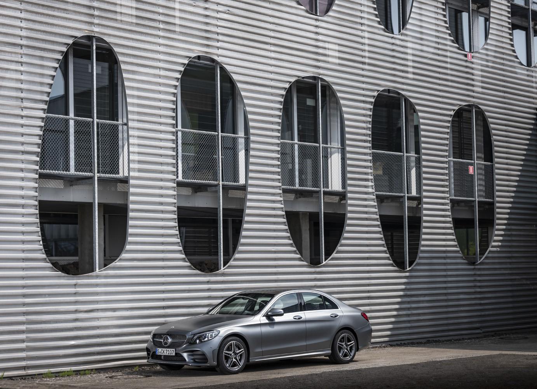 Foto de Mercedes-Benz Clase C 2018, toma de contacto (105/255)