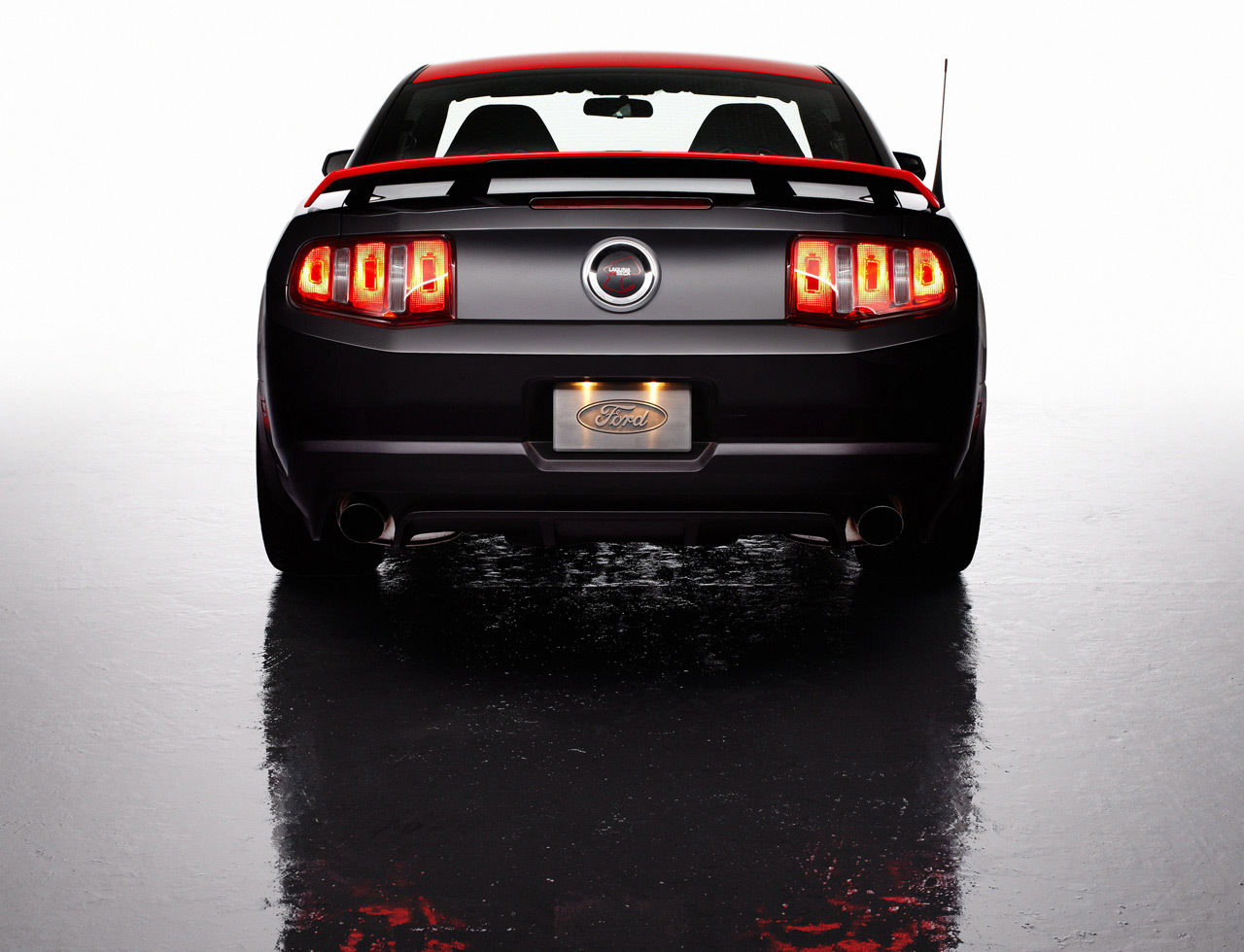 Foto de 2012 Ford Mustang Boss 302 Laguna Seca (5/38)