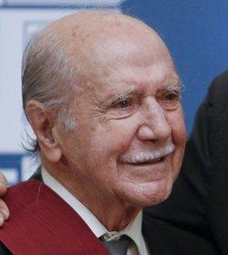 Manuel Alexandre recibe la Gran Cruz de Alfonso X el Sabio en 2009