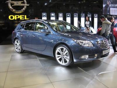 La compra de Opel por Fiat, peligran empleos españoles