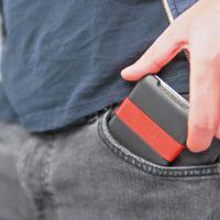 Pocket reúne cartera y batería extra para el móvil en un solo dispositivo