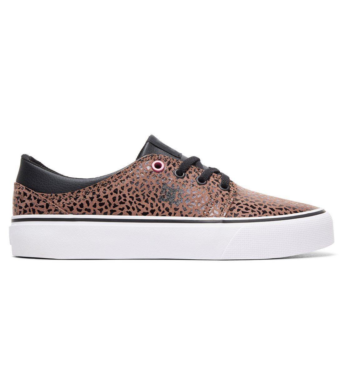 1daa5558 14 zapatillas para mujer rebajadas en eBay para comenzar el otoño: DC Shoes,  Nike, Lois, Desigual, Hakimono, Mustang.